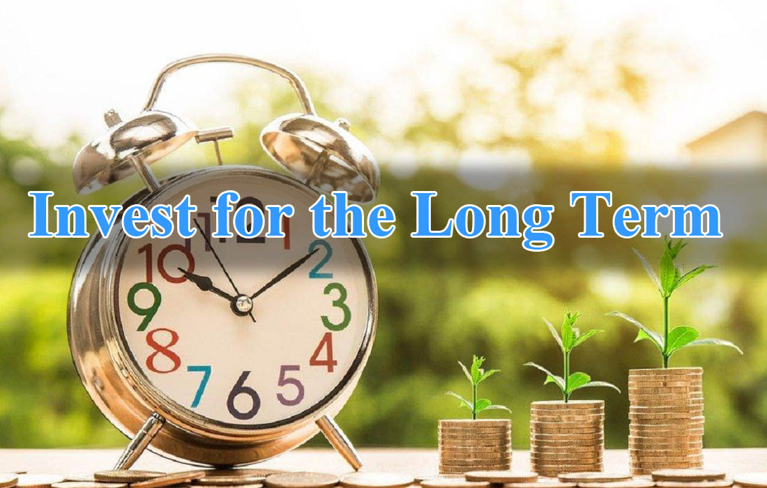 Invest for the Long Term -Learn to Earn_ A Beginner's Guide to the Basics of Investing and Business.